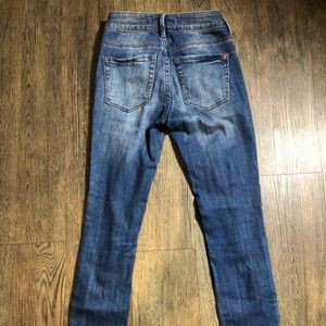 Bullhead Jeans - Classic distressed high rise jeans